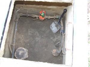 Víz alá került kútakna tisztítása, Pedrollo Easypress áramlásérzékelővel szerelve, beázás után működőképesen! A út nem szennyeződött el